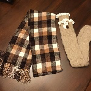 🌸Fall colored scarf & knee-high boots socks